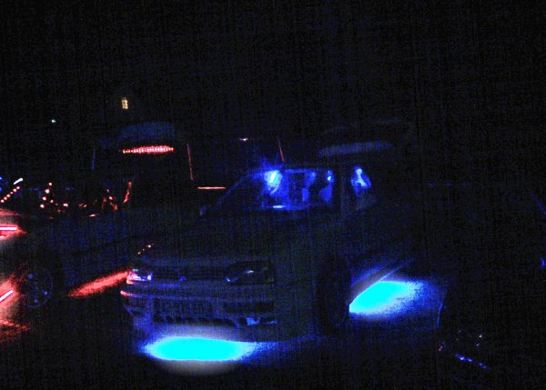 suite du show neon du meeting de vouvray(37)(laisser un com svp)