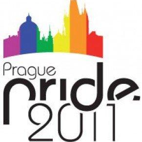 Prague 1ère Pride après une polémique homophobe de la droite tchèque