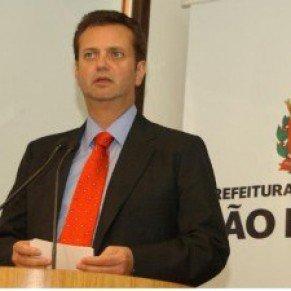 Homophobie Le maire de Sao Paulo met son veto au projet d'hétéro pride