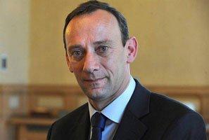 Vannes Le maire s'oppose au PaCS en mairie