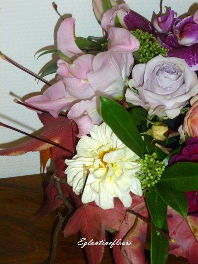 Dernières fleurs du jardin et quelques restes de bouquet...