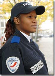 uniforme de police nationale police. Black Bedroom Furniture Sets. Home Design Ideas