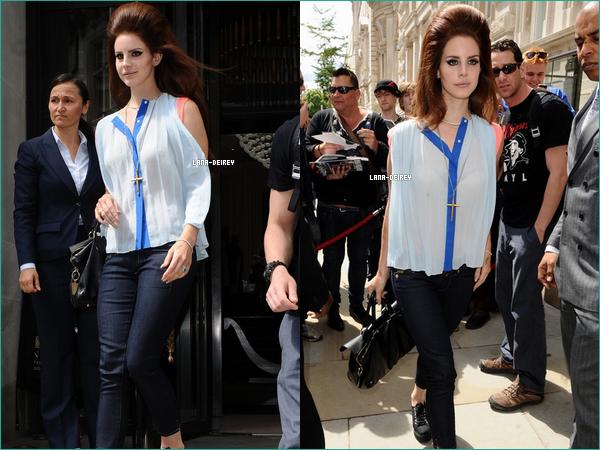 Lana sortant de son Hotel à Londres le 24 Juin ! J'aime beaucoup sa coupe & vous ?