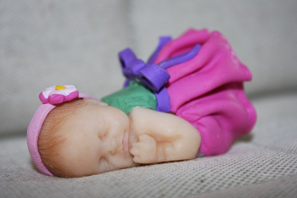 bébé en pâte polymère