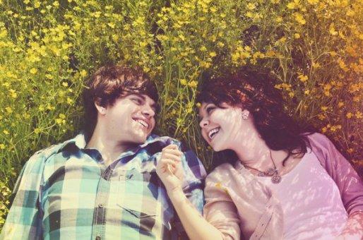 Les amis ça va, ça vient, les liens se font et se défont, et laissent place à des souvenirs plus ou moins beaux. Mais soyons sûrs d'une chose : Les vrais amis reviennent toujours. Alors laissons le destin faire son tri et qui sait, nous nous retrouverons ?