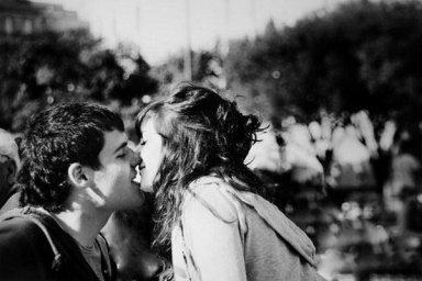 Maintenant, j'aimerais bien m'arrêter de courir un peu,  parce que je trouve que la vie est belle avec toi.