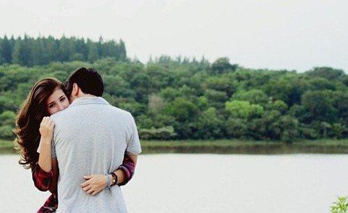 - Tu te sens seul parfois ? - Avec les gens seulement.