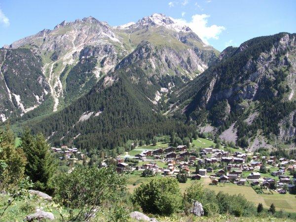 Vacances en savoie: vue de Pralognan la Vanoise