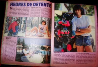 Pages 16 & 17: HEURES DE DETENTE