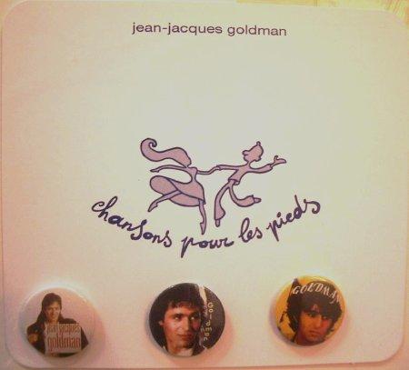 """Les cadeaux que le vendeur m'a fait avec tout ce lot de vinyles, 1 CP promo de """"CPLP"""" et 3 badges de JJG"""