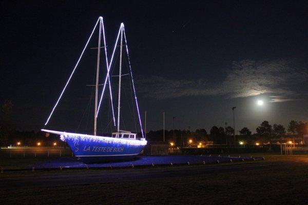 Bateau illuminé - La Teste