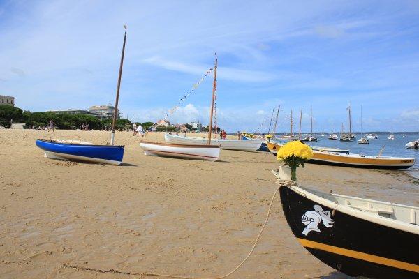 15 Août, fête de la mer : diversité des embarcations