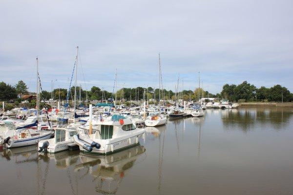 Le petit port du Teich