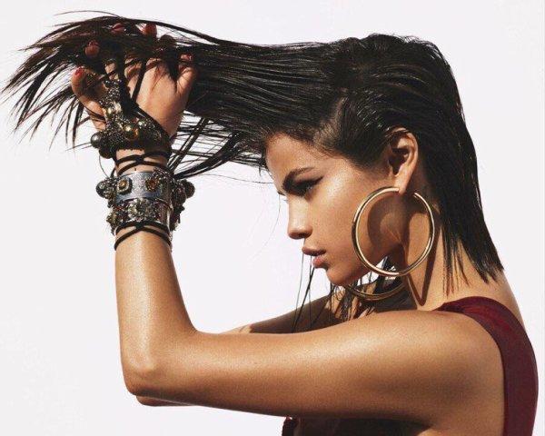 Selena for Vogue Magazine - Selena pour Vogue Magazine