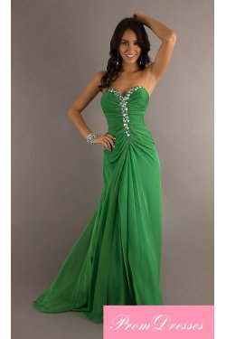 One shoulder prom dress and single strap prom gown will set the stage for a perfect night.