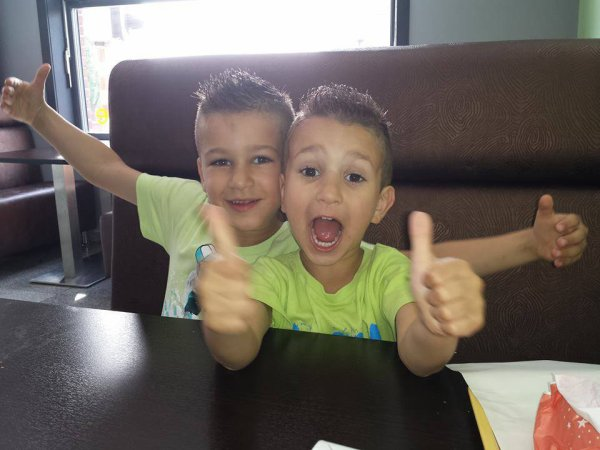 mon filleul et mon neveu hihih