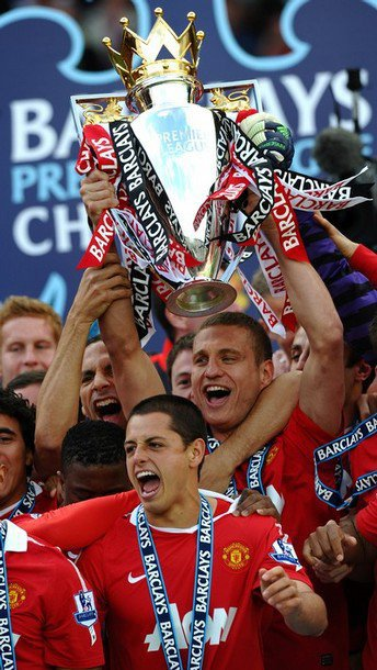 × [ ... ] Champions Of England 10-11 [ ... ] ×