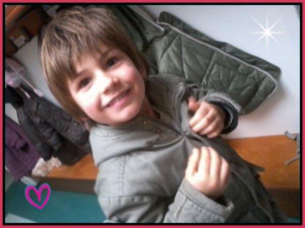 >> SiM0N, UN GR0S MANQUE... :'( ♥
