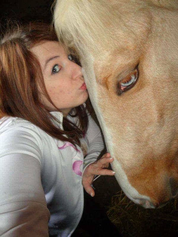 Moi et mon poulain < 3