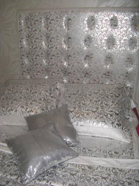 tete de lit baroque argent et bouton strass carré - Blog de fleur-deco34