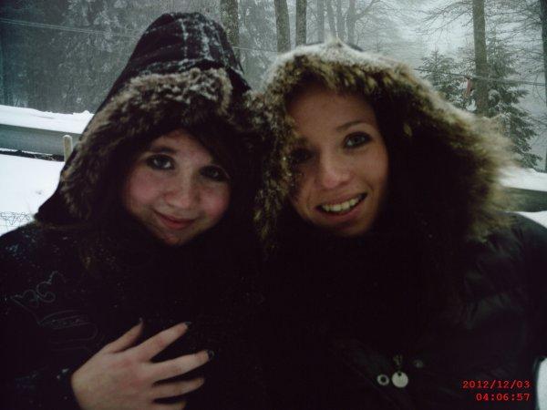 Ma soeur et Moi dans la neige ! :p