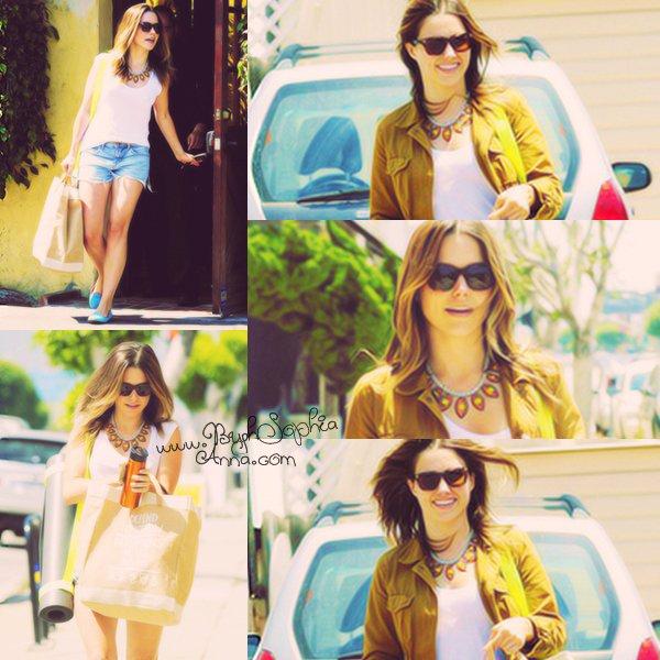 """. Hollywood le 1eraoût2012 : Sophiaétaita lapremièredu film """"Total Recall"""" ."""