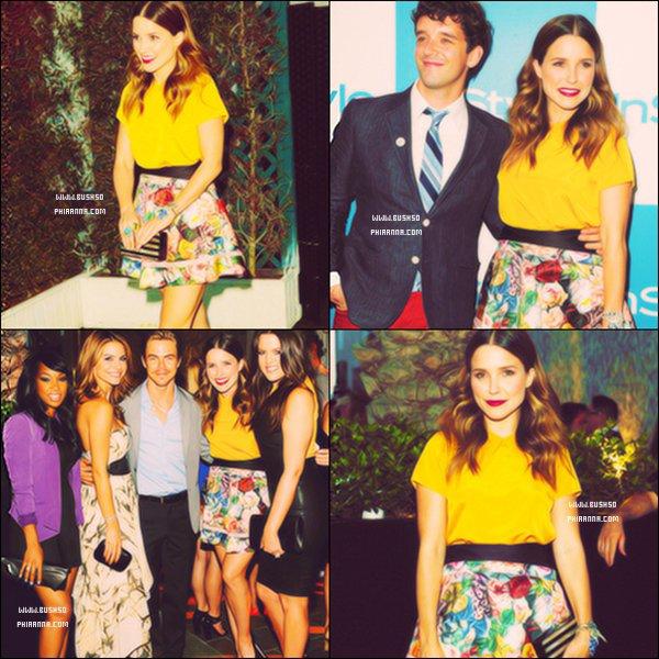 . ◊ Apparences        10 Août : → Sophia à  participer au lancement de l'album Miss Me organisé par le magazine ELLE au Sunset Marquis Hotel & Villas de Los Angeles. .