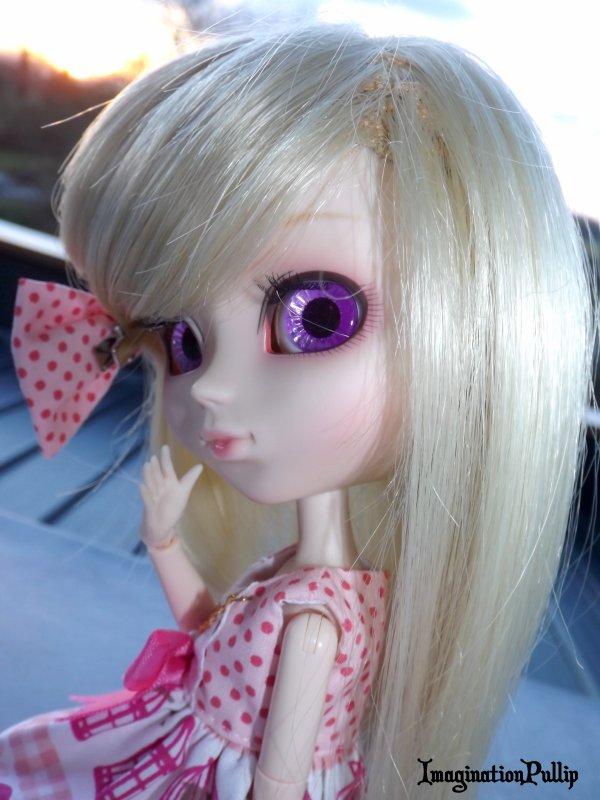 présentation de ma cinquième doll