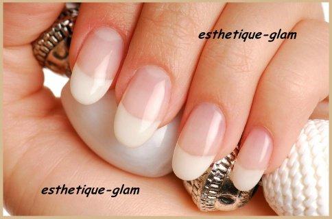 Soins & astuces pour les ongles abîmés :