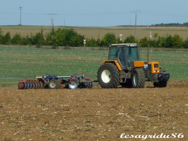 déchaumage avant les semis de blé