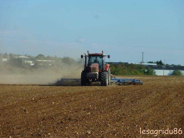 préparation des sols pour les semis de blé (2 ème chantier)