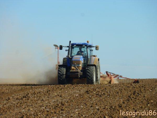 semis de blé 2011 avec un new holland
