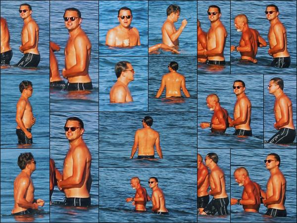 -• 01/09/2018- ─ Leonardo Dicaprio à été photographié, avec un ami inconnu lors d'une baignade sur la plage de Malibu !Première sortie pour ce mois de septembre et ça fait plaisir à voir, Leonardo profite du beau temps pour prend du temps pour lui, c'est un top pour Leo.