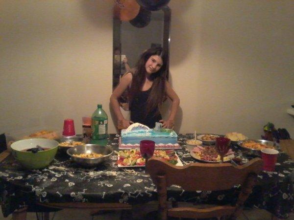 danya a sa fete le 9 octobre 2014