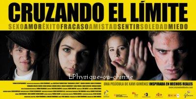 _ _  Adam Jezierski ( Greg ) et Gonzalo Ramos  ( Jules ) ensemble dans le film  cruzando el límite. _ _