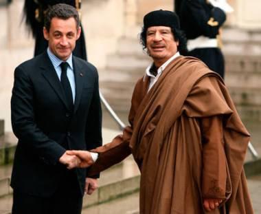 AFRICA, TERRA DE DESTRUCTIONES MILITARI FRANCESE