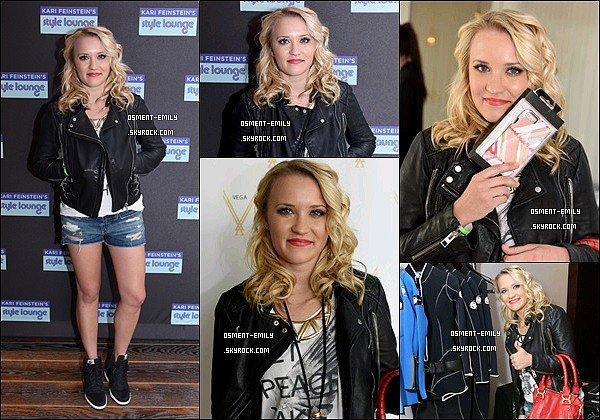 9 Janvier 2015 : Emily était présente au Kari Feinstein's Pre-Golden Globes Style Lounge 2015 ●● Emily était très mignonne, j'aime bien son short déchiré avec son blouson. Elle est superbe les cheveux bouclés