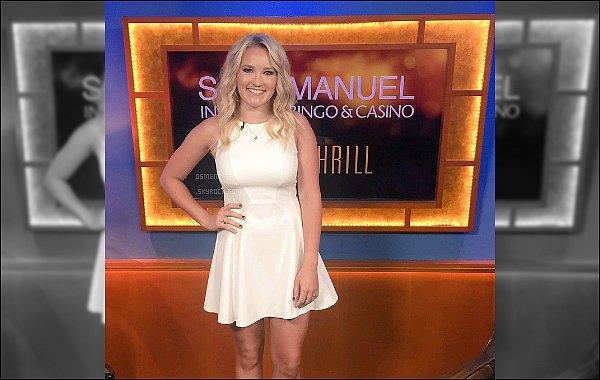 21 Juin 2016 : Emily a donné une interview à KTLA elle a entre autre parlé de Young and Hungry et de MOM ●●Découvrez ici l'interview de la jolie blonde, Emily était ravissante, j'aime beaucoup sa petite robe blanche et son beau sourire :)