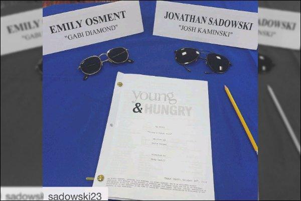 Bonne nouvelle, Young and Hungry est renouvelé pour une saison 5 ! ●● Le cast a repris le tournage en ce début de mois de Novembre, pressé de voir ce qu'ils nous réservent...!