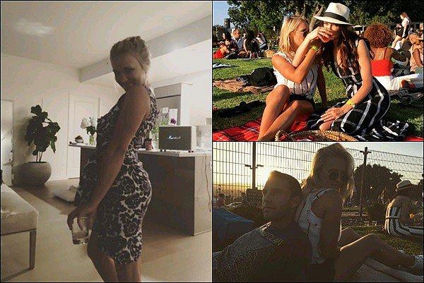 JUILLET 2017 - Emily a posté de nouvelles photos sur son compte Instagram