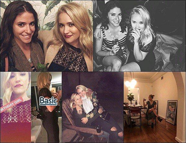 NOVEMBRE 2017 ▬Emily a posté plusieurs photos sur les réseaux sociaux