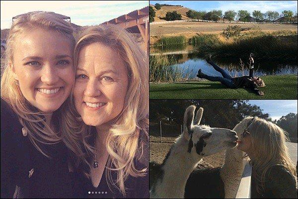8 Janvier 2018 : Emily a posté des photos en compagnie de sa maman lors d'un Safari de vin en Californie ●● C'est fou comme Emily ressemble à sa maman ! Elles sont adorables toutes les deux, elles ont dû passer une super journée :)