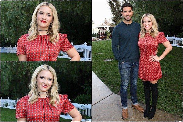 30 Novembre 2018 : Emily et Ryan Rottman ont donné une interview pour la sortie de Christmas Wonderland ●● Emily était ADORABLE ! J'adore sa petite robe rouge avec ses cuissardes, un grand TOP *__* vos avis sur cette tenue ?