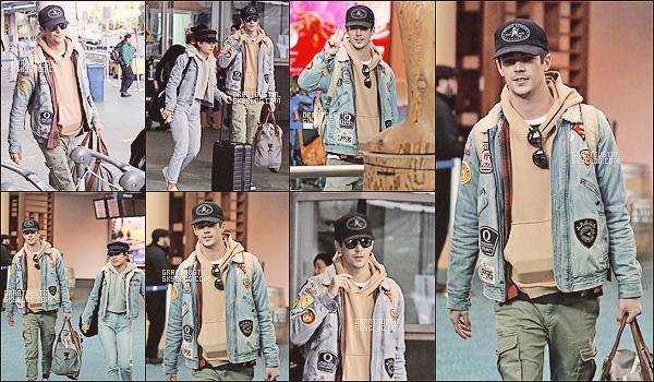 12.02.18 Grant Gustin a était vue à l'aéroport à Vancouver, Canada avec sa chérie !
