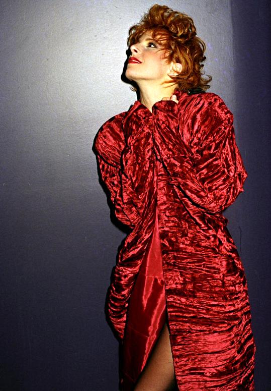 BIOGRAPHIE. Les années Cendres de Lune (1986 - 1987). PHOTOS. CLPS MUSICAUX. TV MUSIC.