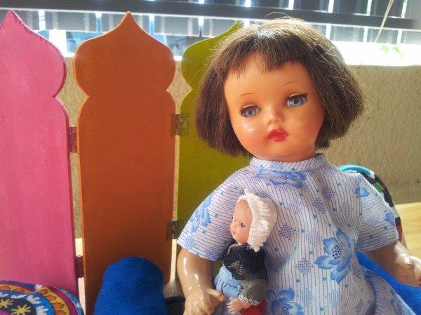 Annie est triste .. ses soeurs lui manquent ! Son voyage s'acheve et il lui tarde de rentrer chez elle!