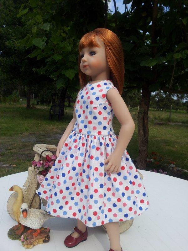 Petite robe vintage pour le retour d'Esther ...!