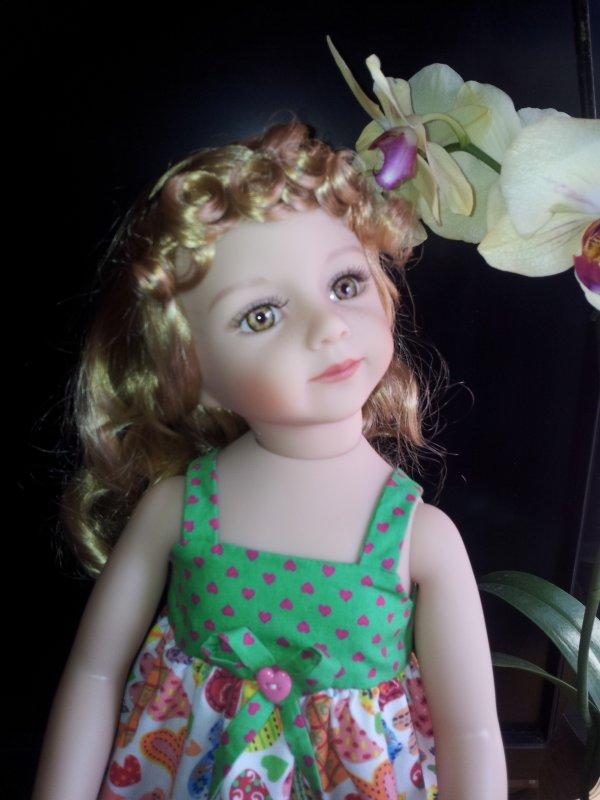 Bienvenue à ma jolie Blondinette aux yeux vert !