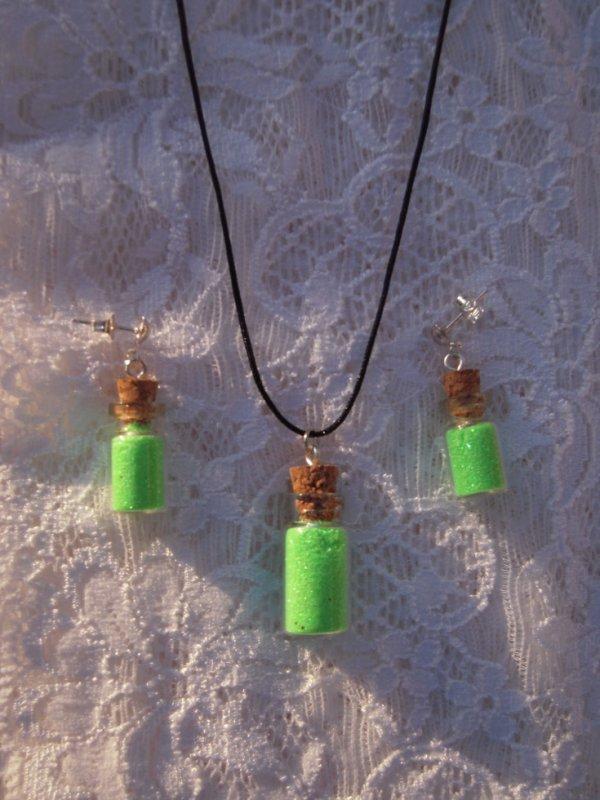 """Parure petites fioles """"Poussière de fées"""" vert fluo"""
