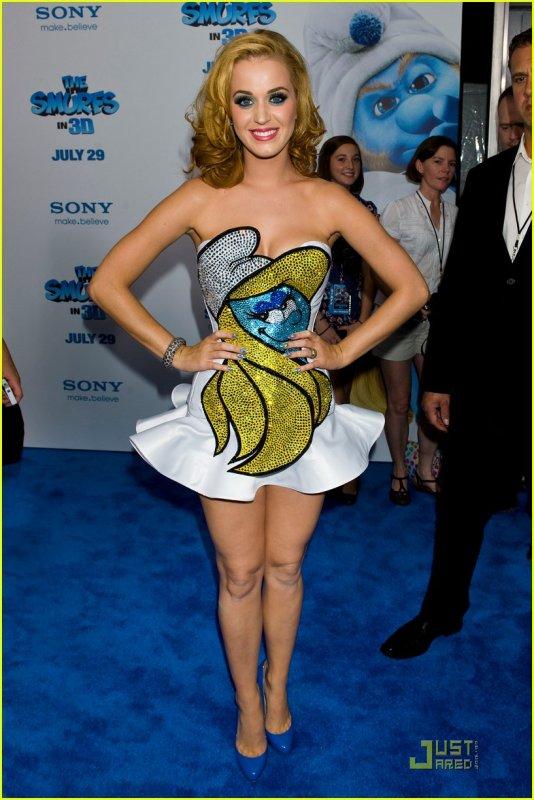 Katy perry tellement belle dans sa robe stroumphette blog de ta pause people - Image de stroumphette ...